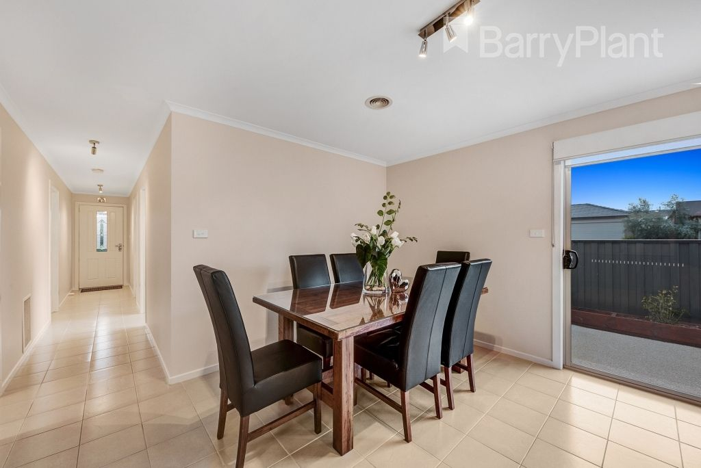 82 Tom Roberts Parade, Point Cook VIC 3030, Image 2