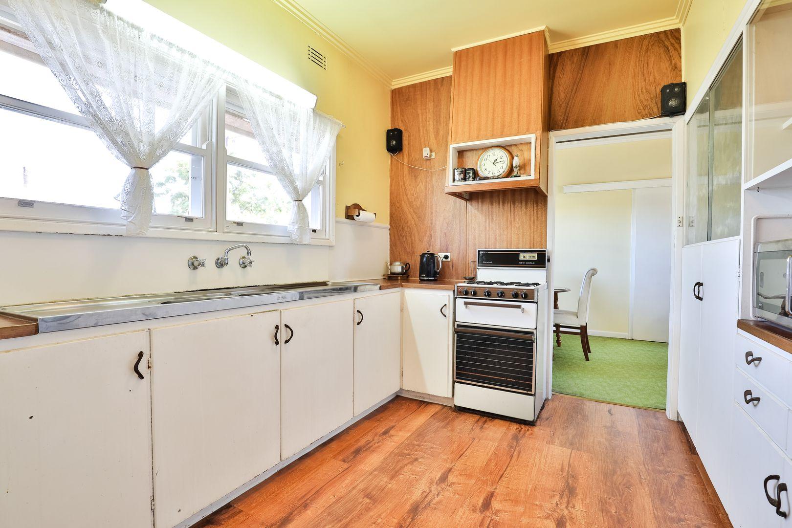 242 Wade Avenue, Mildura VIC 3500, Image 2