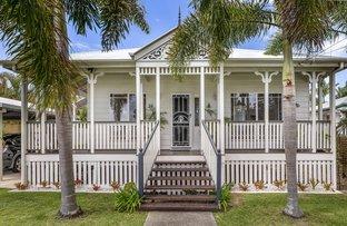 Picture of 46 Crescent Avenue, Hope Island QLD 4212