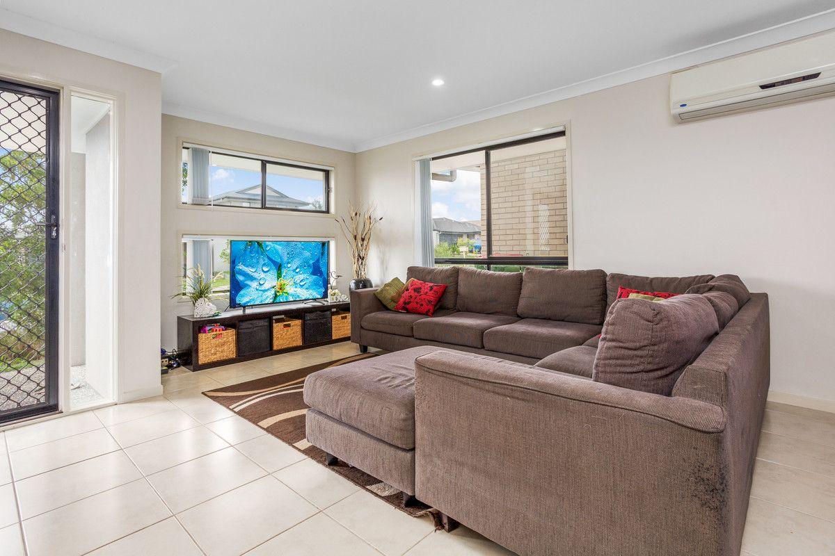 24 Carpenter Street, Yarrabilba QLD 4207, Image 2