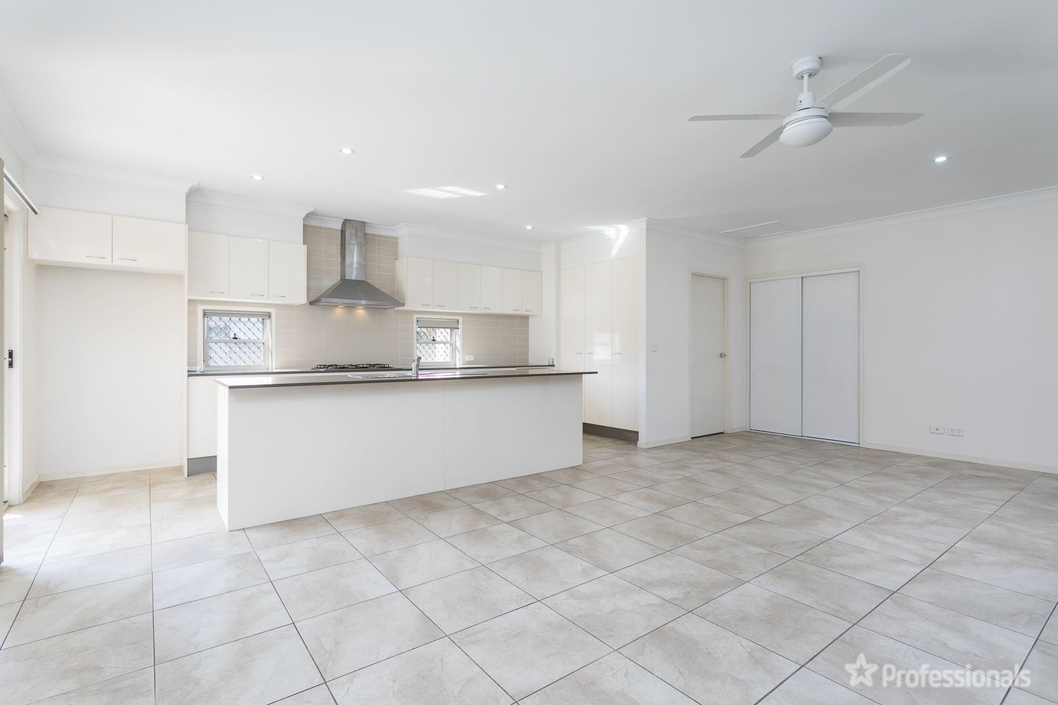 40 Tiffany Court, Caboolture QLD 4510, Image 2
