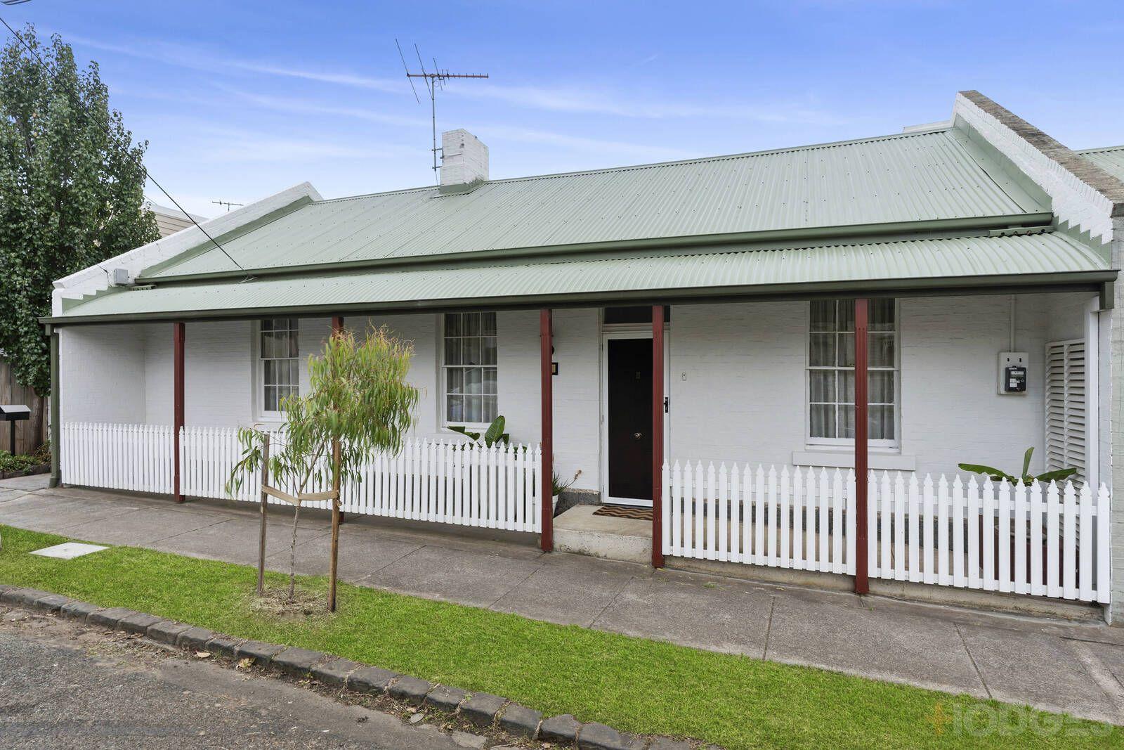 8 Villamanta Street, Geelong West VIC 3218, Image 0