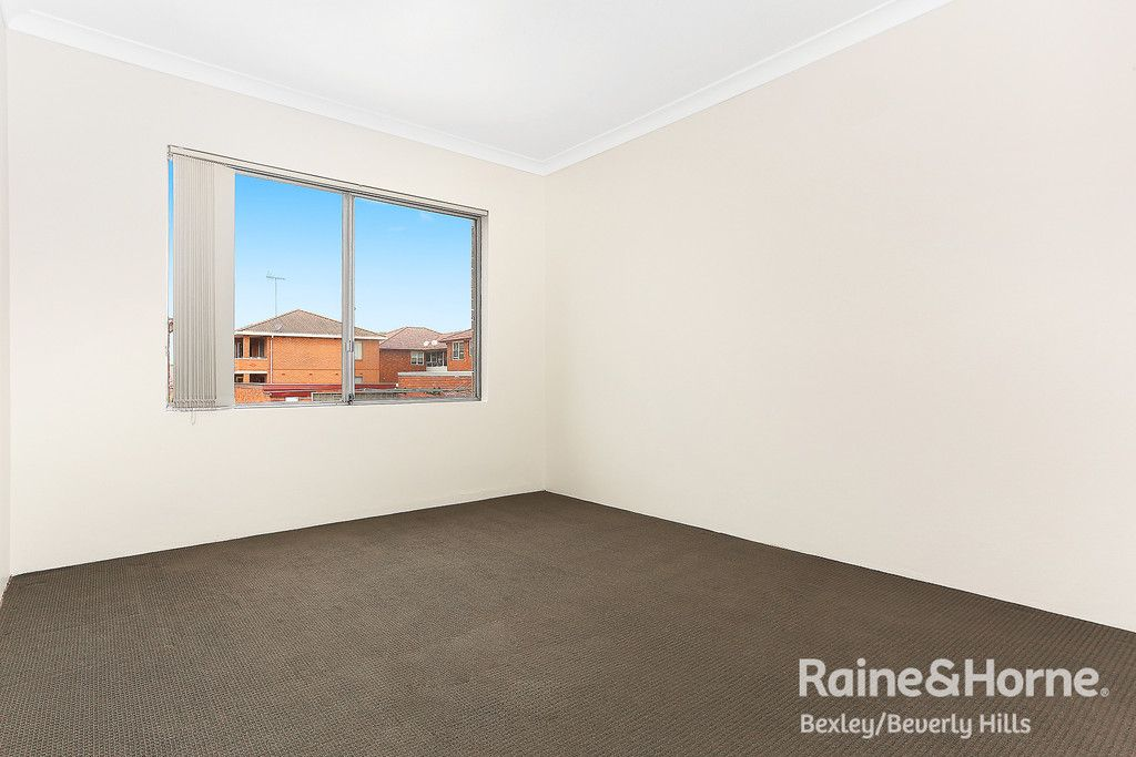 9/32 Albyn Street, Bexley NSW 2207, Image 2