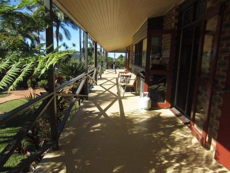 409 Flying Fish Point Road, Eaton QLD 4860, Image 0