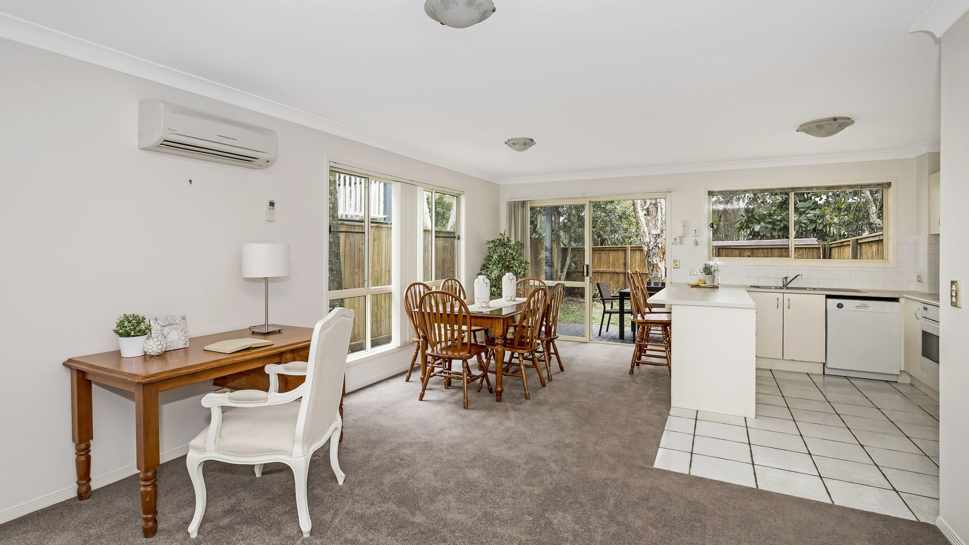 17/87 Russell Terrace, Indooroopilly QLD 4068, Image 1