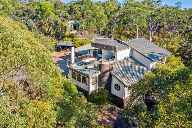 Picture of 30 Kammer Place, TAHMOOR NSW 2573