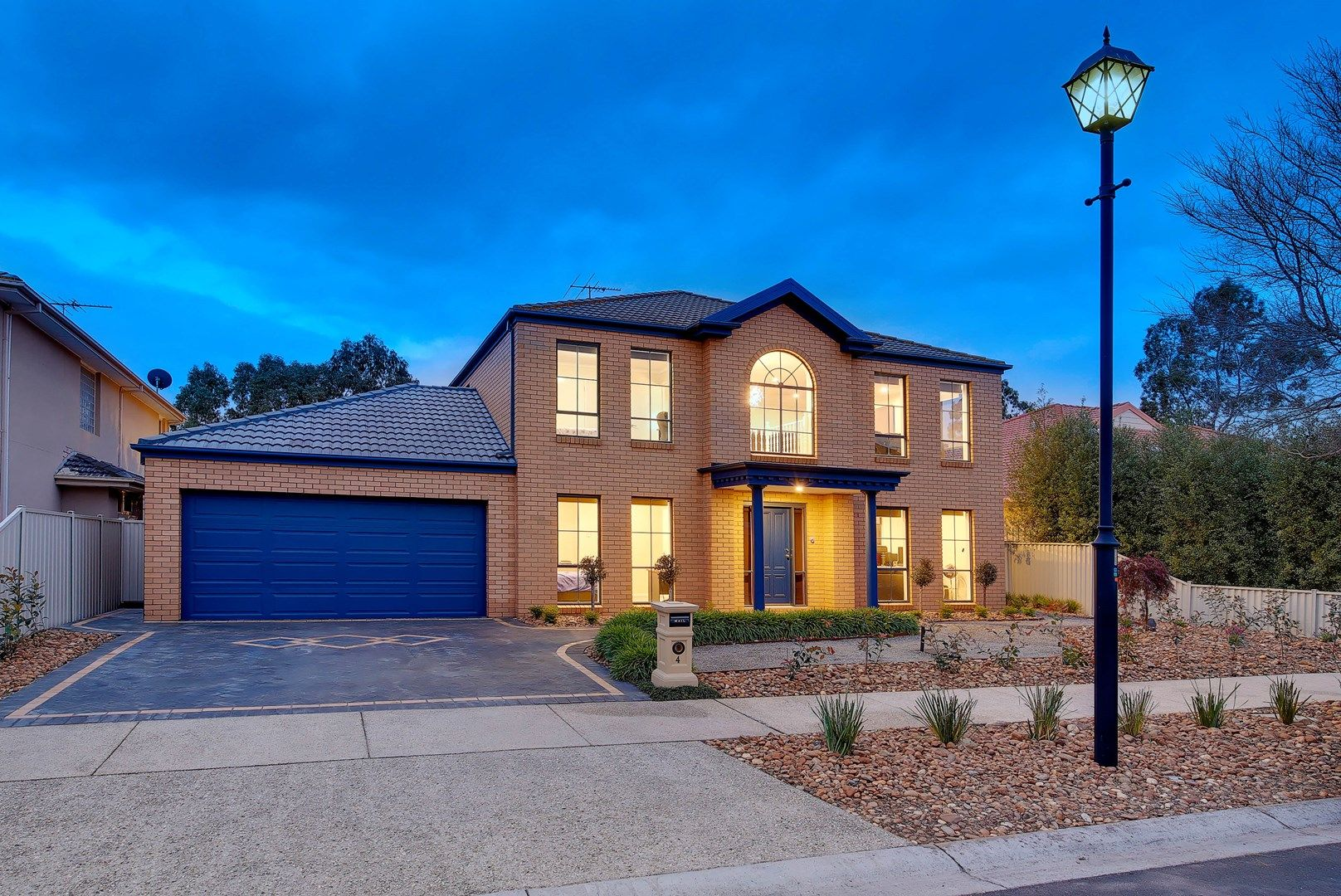 4 Waterford Close, Caroline Springs VIC 3023, Image 0