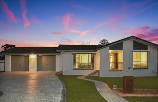 Picture of 35 Crest Park Parade, Queanbeyan NSW 2620