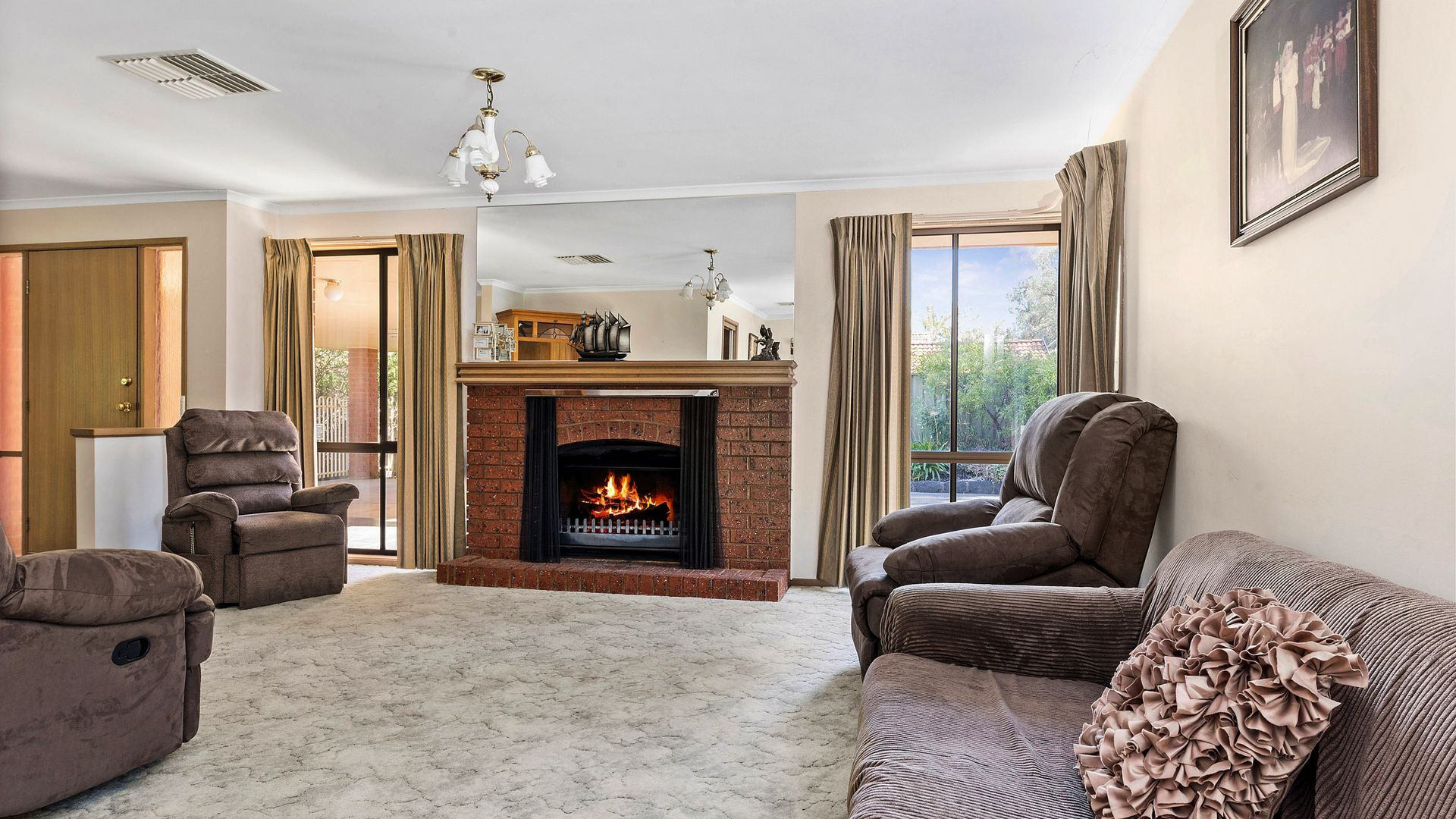 213 North Harley St, Strathdale VIC 3550, Image 1