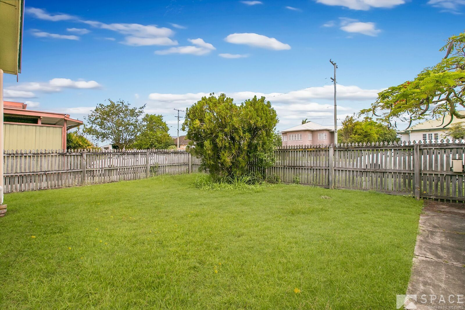 2/82 Raceview Avenue, Hendra QLD 4011, Image 2