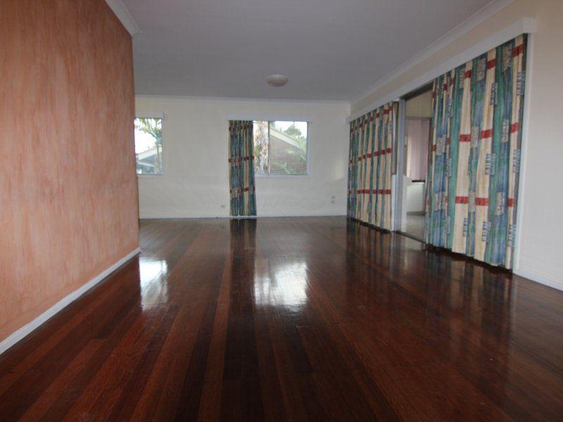 9 Hoad Street, Upper Mount Gravatt QLD 4122, Image 2