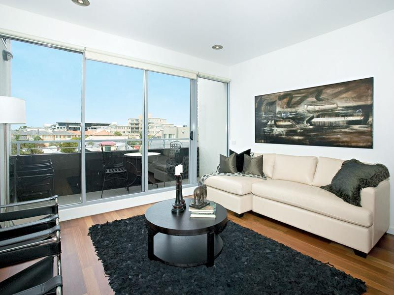 303G/93 Dow Street, Port Melbourne VIC 3207, Image 1