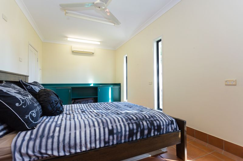7 Katie Court, Ooralea QLD 4740, Image 2