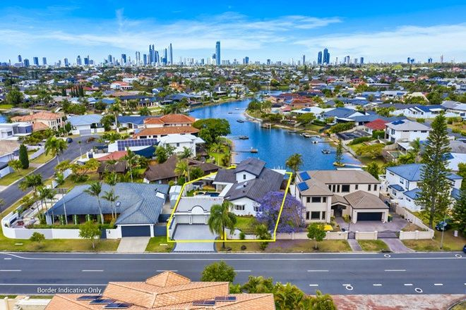 Picture of 28 Edinburgh Road, BENOWA WATERS QLD 4217