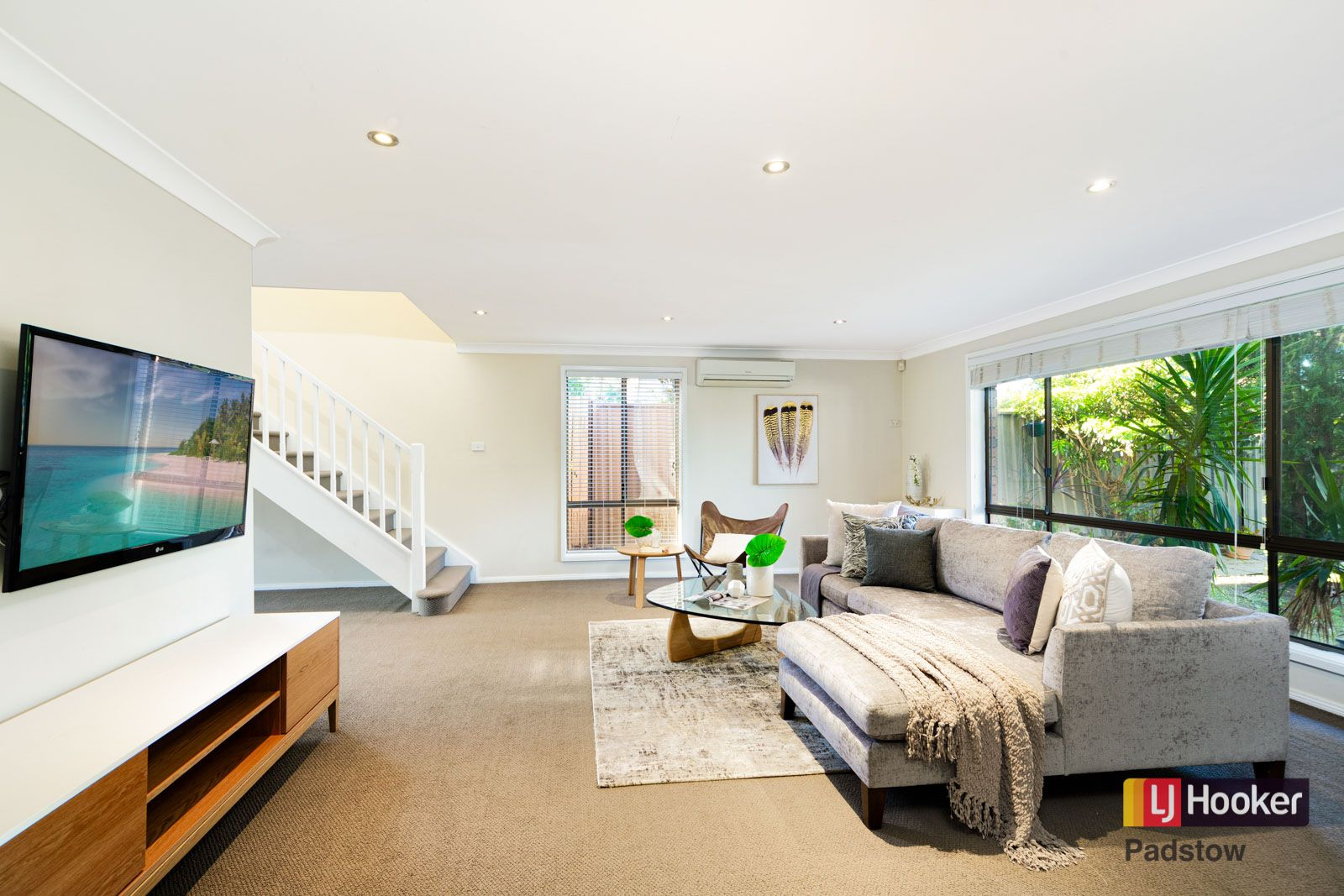1 Yates Crescent, Padstow NSW 2211, Image 2