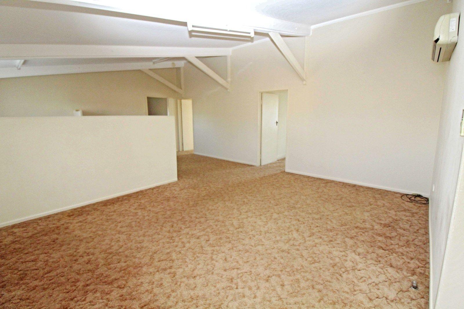 282 Wood St, Warwick QLD 4370, Image 2