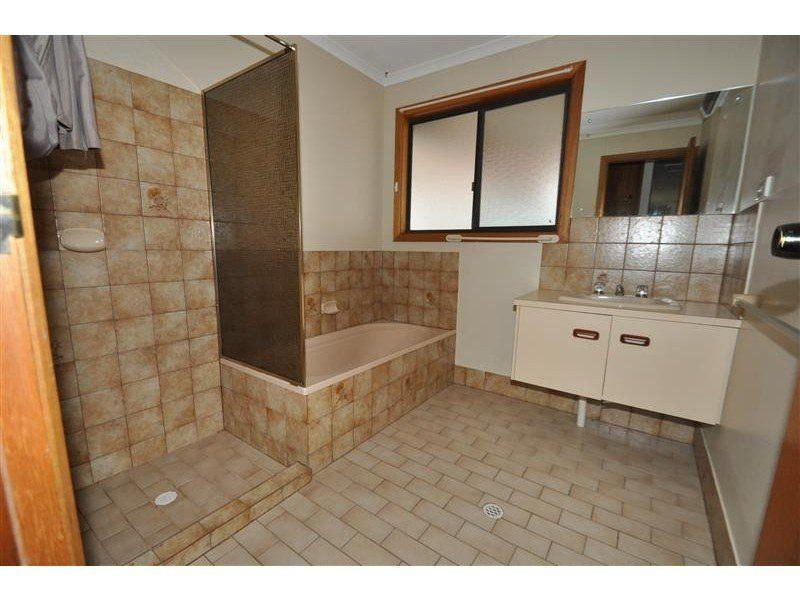 39 Hermit Street, Roxby Downs SA 5725, Image 0
