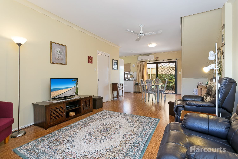 2/16 Belvedere Street, Clontarf QLD 4019, Image 2