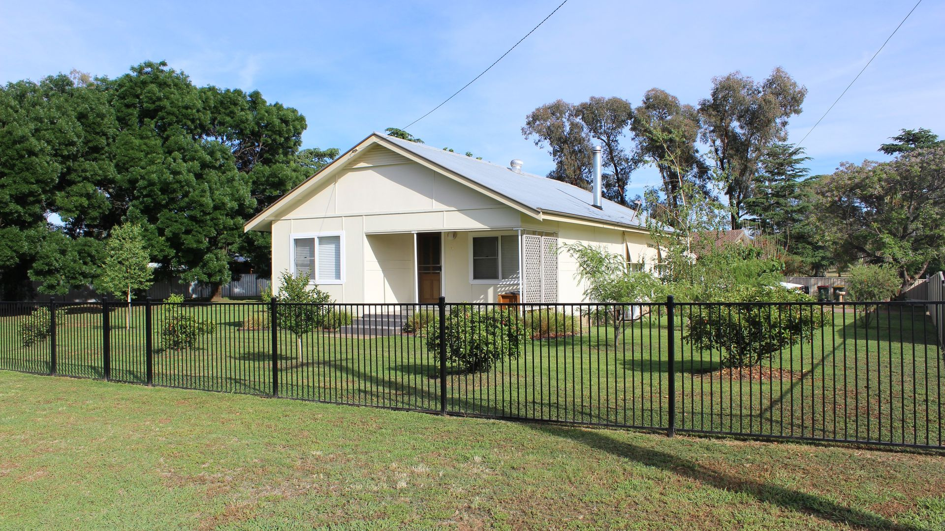 17 Creek Street, Cudal NSW 2864, Image 1