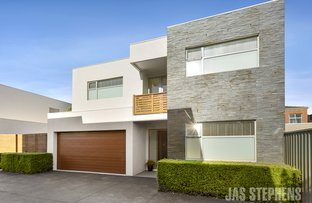 Picture of 4/74 Kororoit Creek Road, Williamstown North VIC 3016