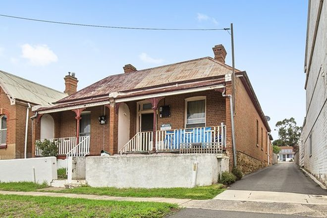 Picture of 100 Clifford Street, GOULBURN NSW 2580