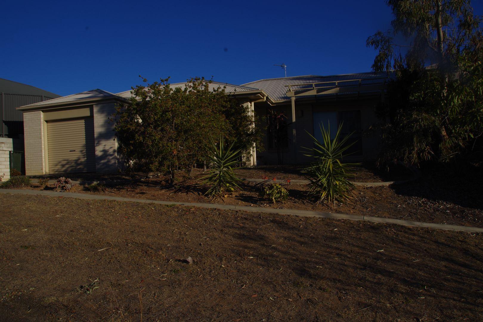 2/1 Natalia Court, Warwick QLD 4370, Image 1