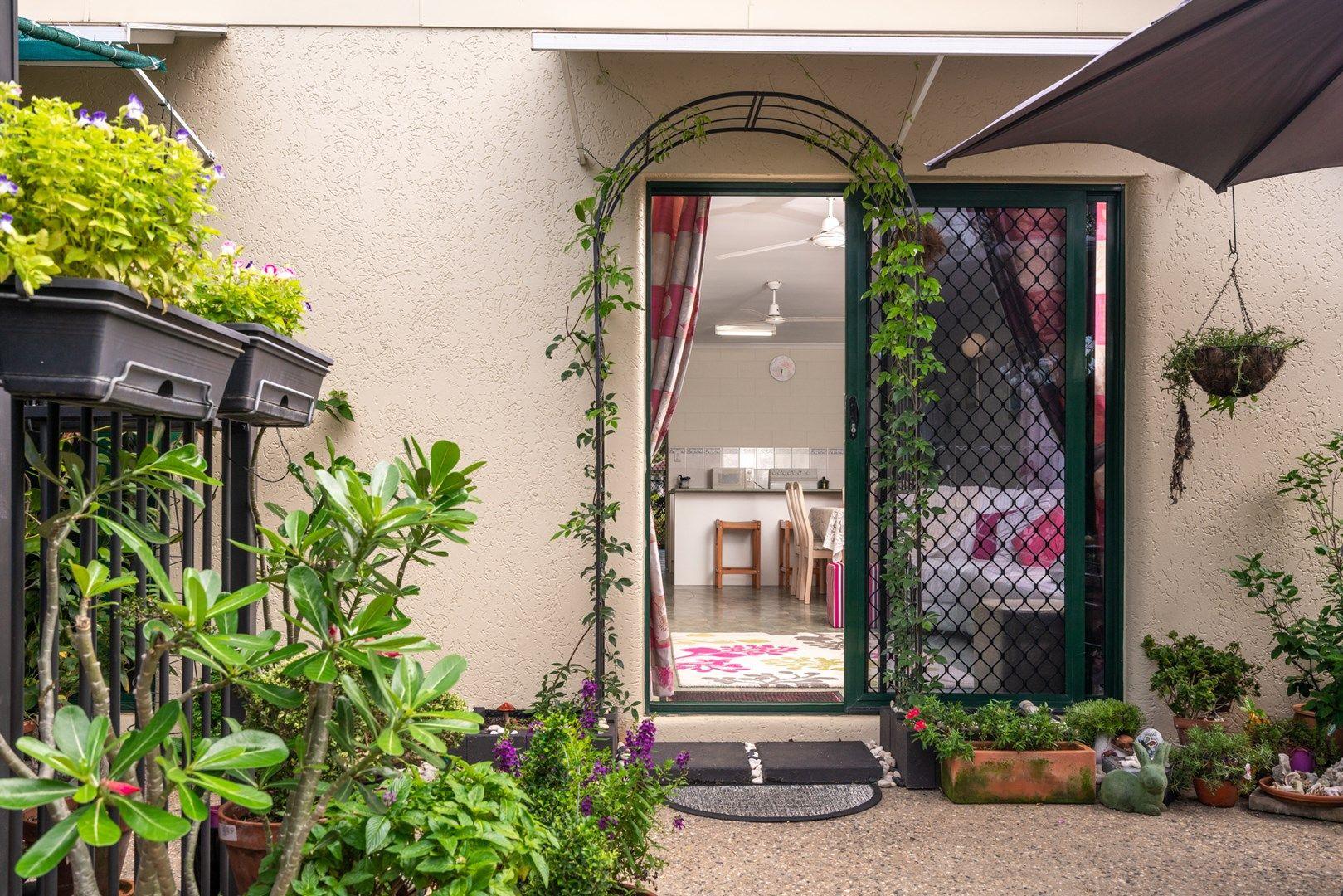 18 Silky Oak Court, Mooroobool QLD 4870, Image 1