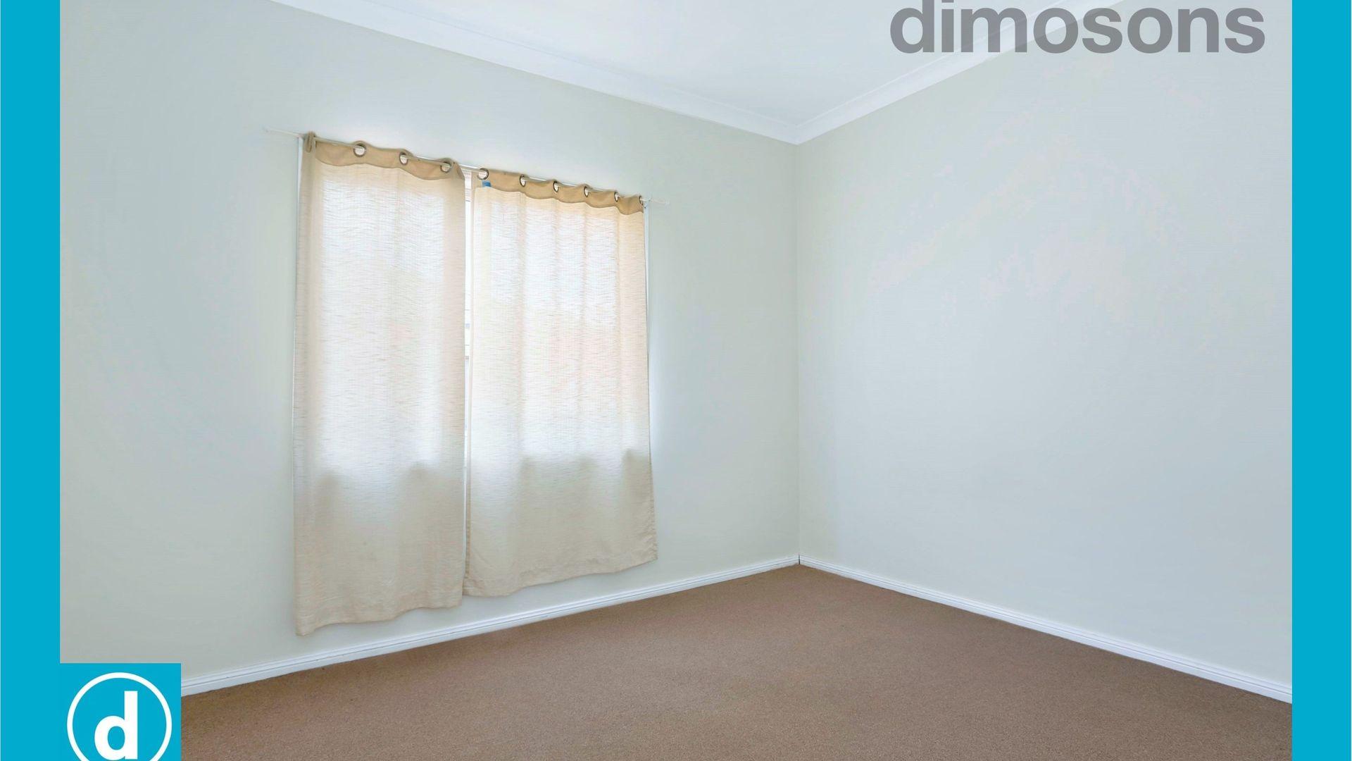 8 McGovern Street, Cringila NSW 2502, Image 2