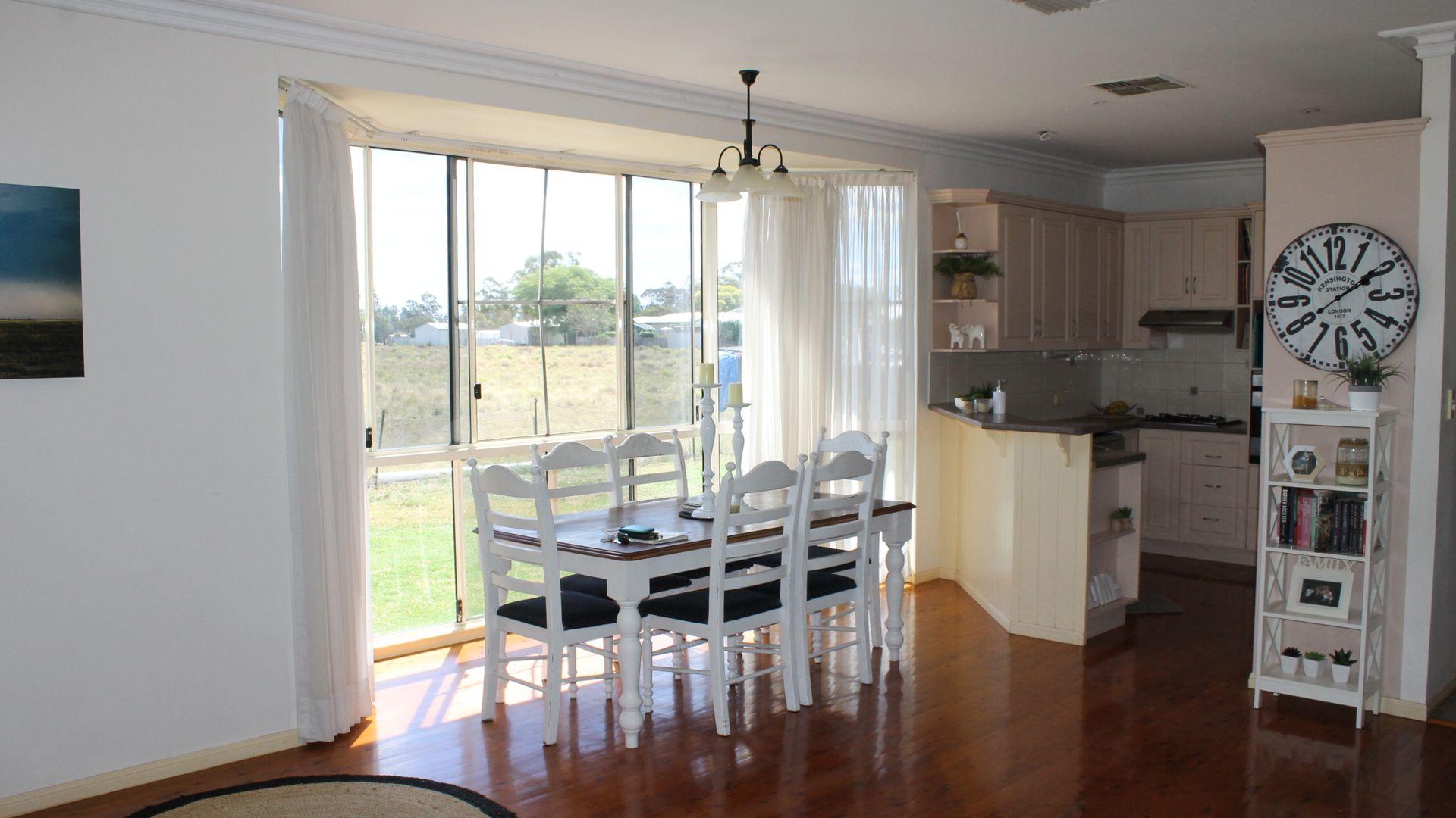 6 Agnes Street, Dalby QLD 4405, Image 2