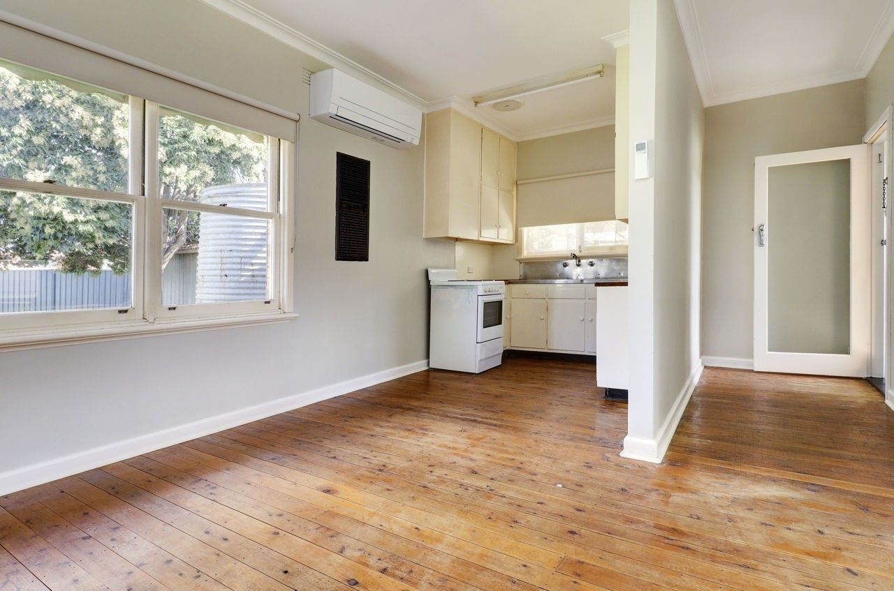 438 Henry Street, Deniliquin NSW 2710, Image 2