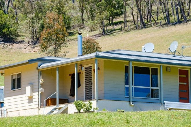 Picture of 76 Klippels Lane, NARIEL VALLEY VIC 3707