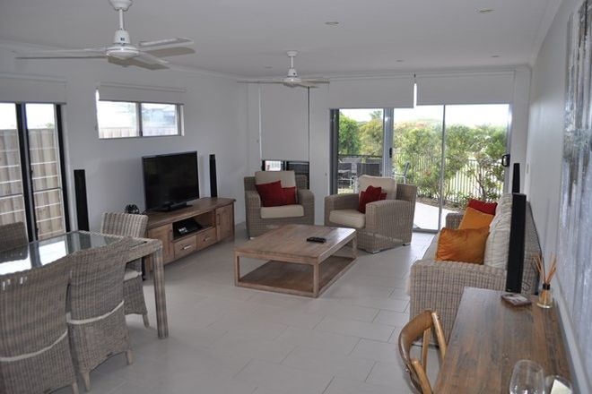 Picture of 2/2 Dolphin Crt, AGNES WATER QLD 4677