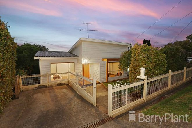 Picture of 39 Fairbrae Avenue, BELMONT VIC 3216