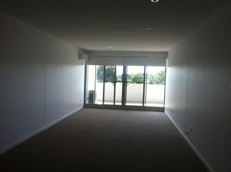 37/31-35 Chamberlain Street, Campbelltown NSW 2560, Image 2