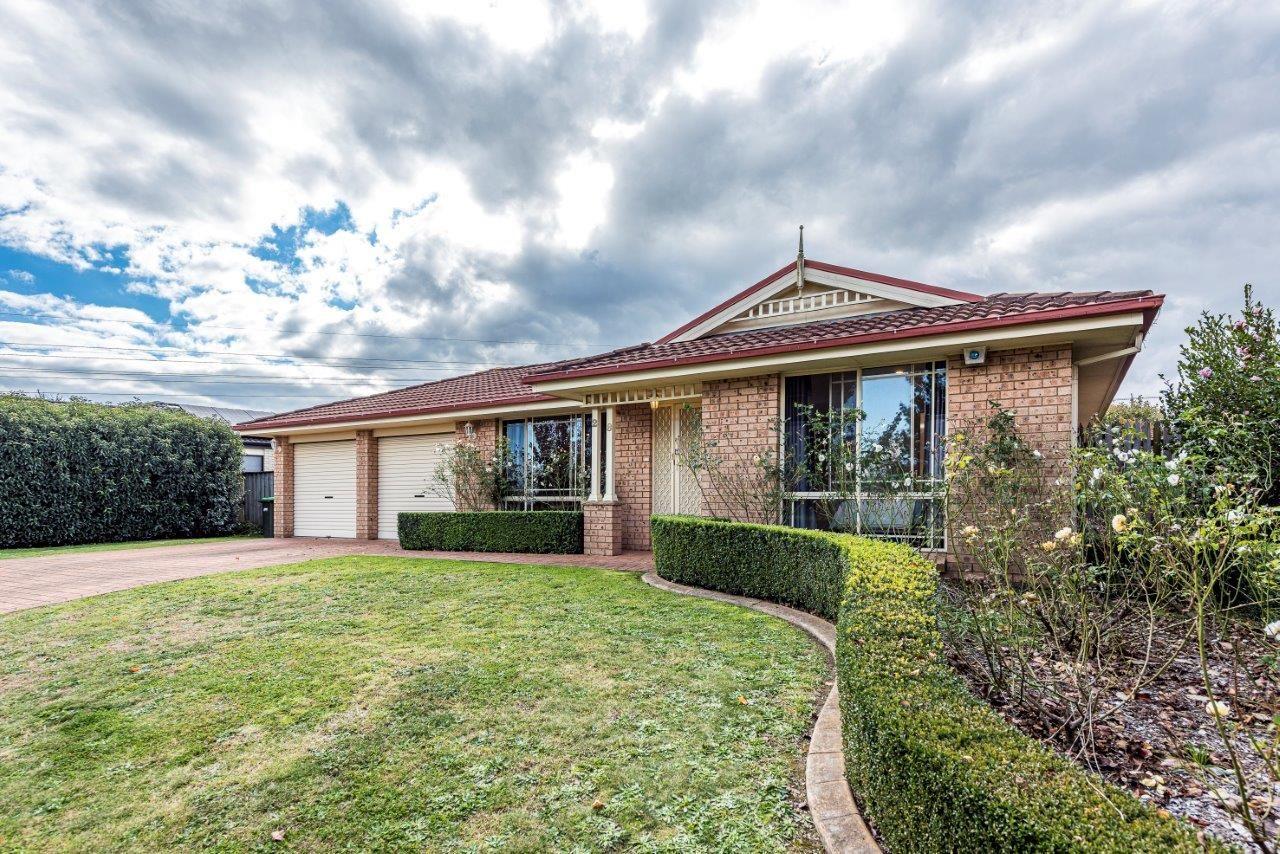 28 Emily Circuit, Bowral NSW 2576, Image 0