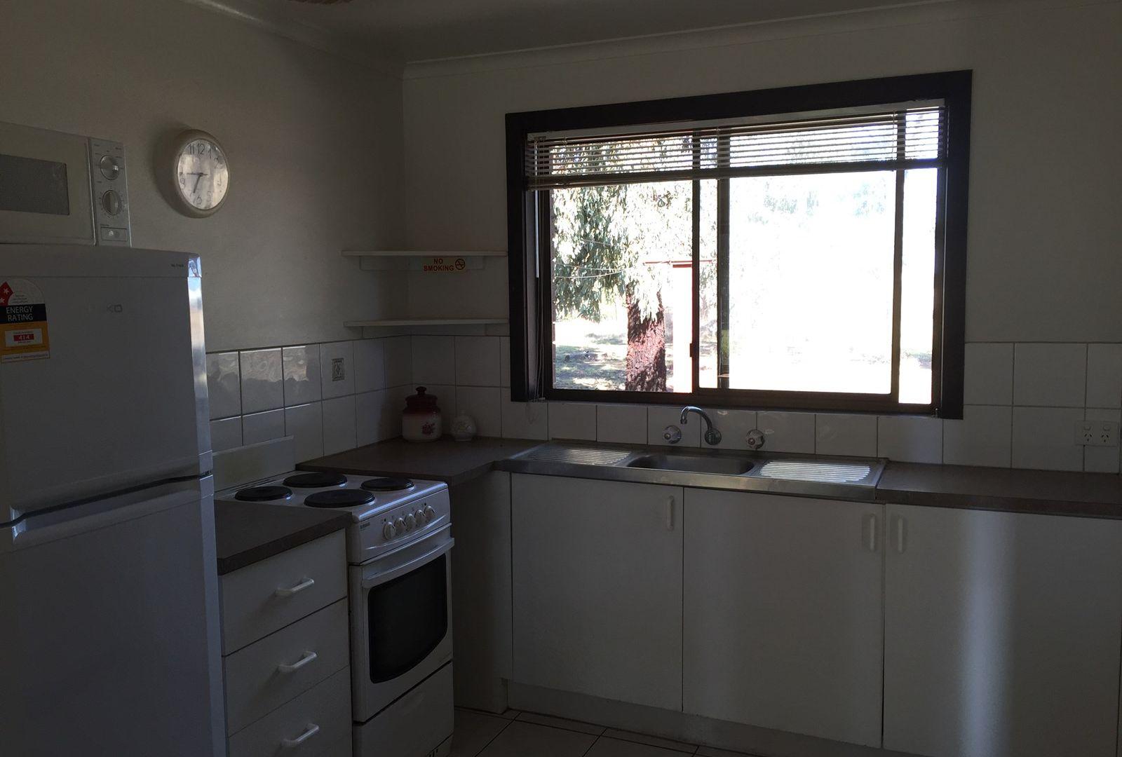 3/11 Hogans Road, Yarrawonga VIC 3730, Image 2