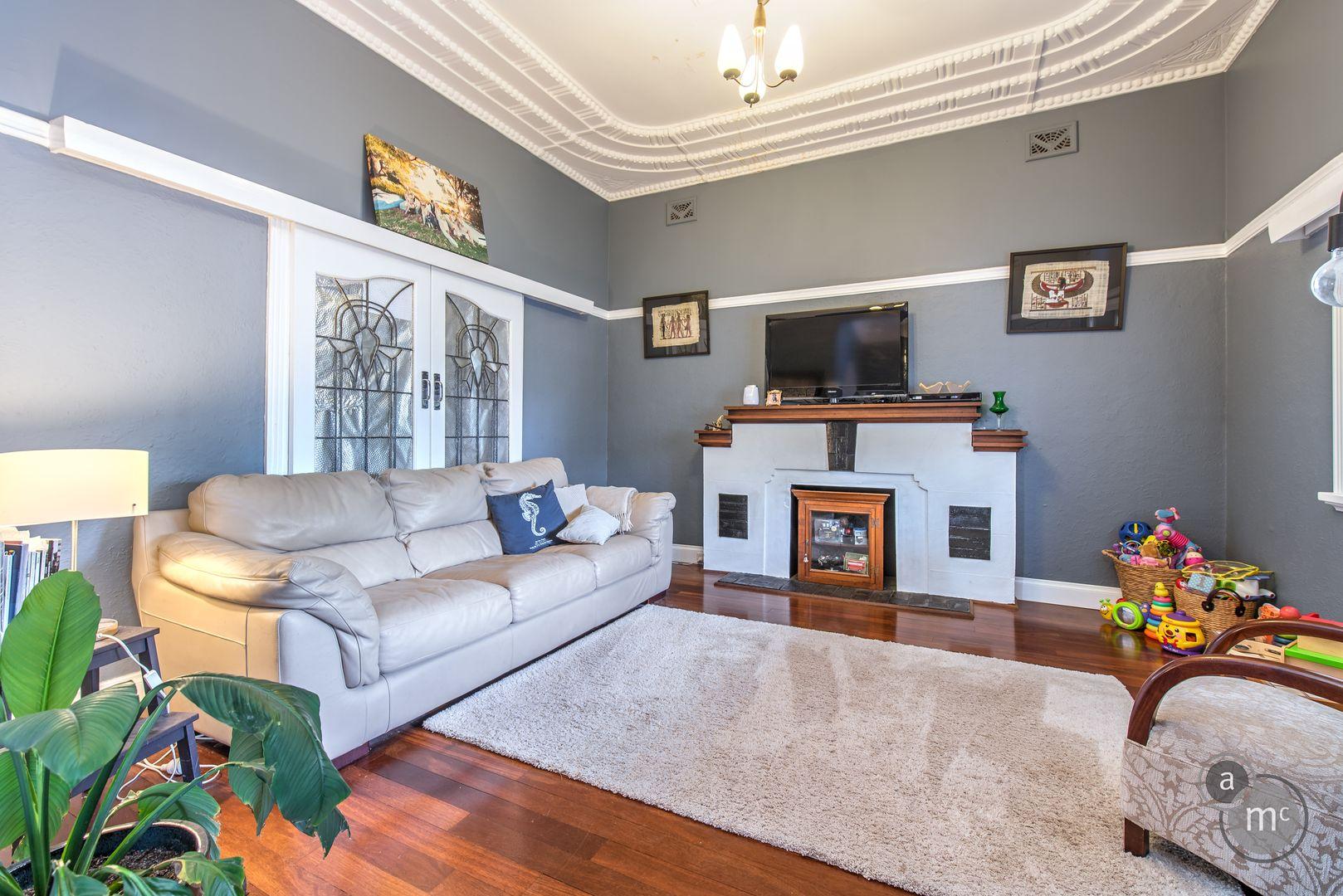 6 Walter Street, East Fremantle WA 6158, Image 2