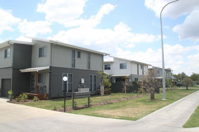 1/37-39 Daisy Street, Miles QLD 4415, Image 0