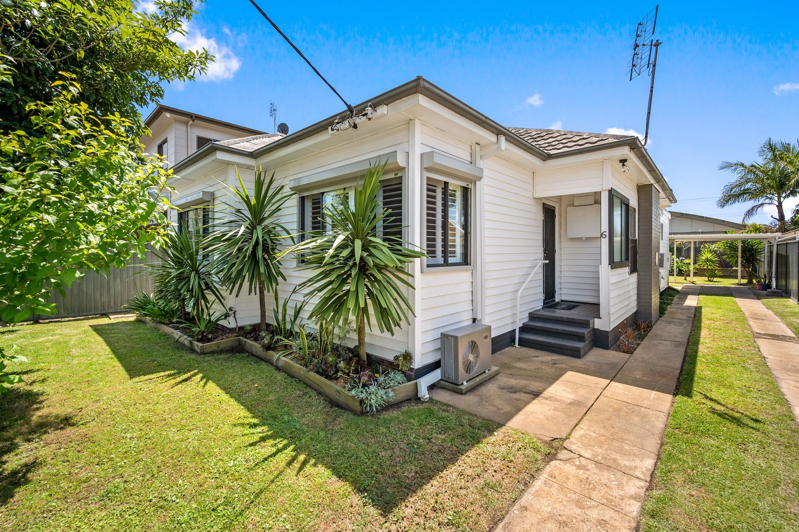 6 Faymax Street, Pelican NSW 2281, Image 0