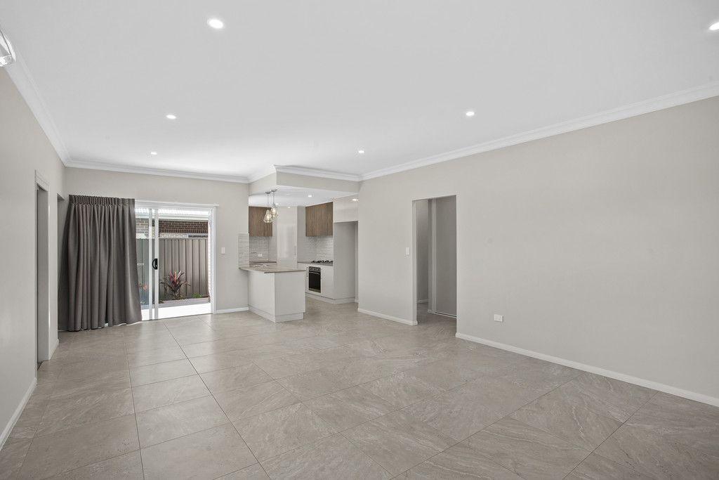 28/565 Hume Street, Kearneys Spring QLD 4350, Image 2