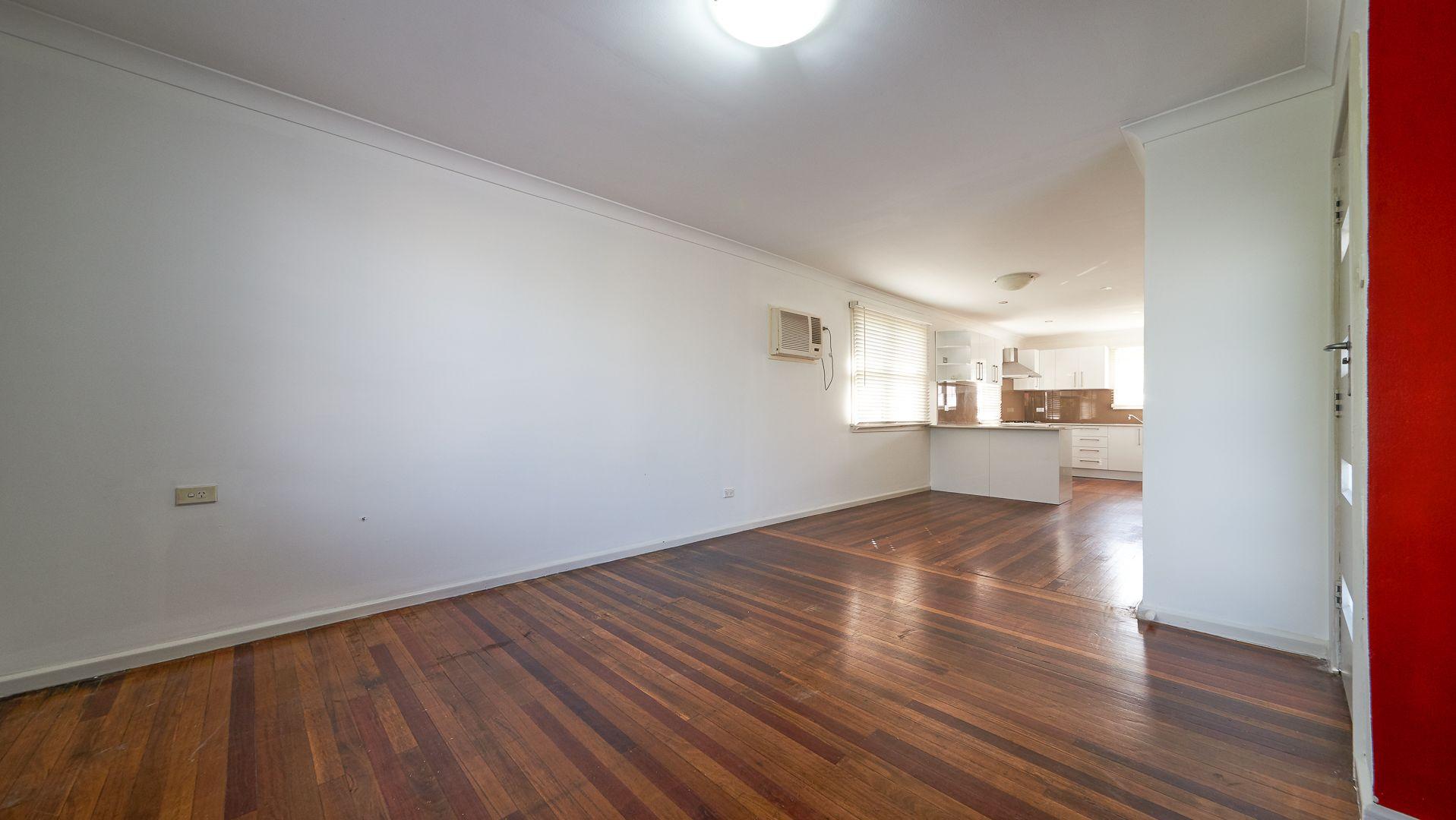 3 Tarakan Street, Holsworthy NSW 2173, Image 2