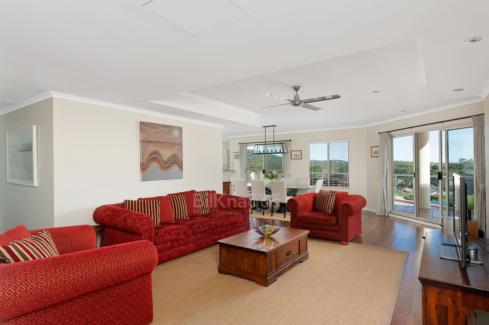 301/2 Messines Street, Shoal Bay NSW 2315, Image 2