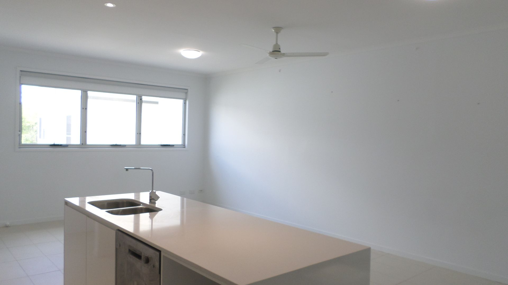 3/66 Skew Street, Sherwood QLD 4075, Image 2