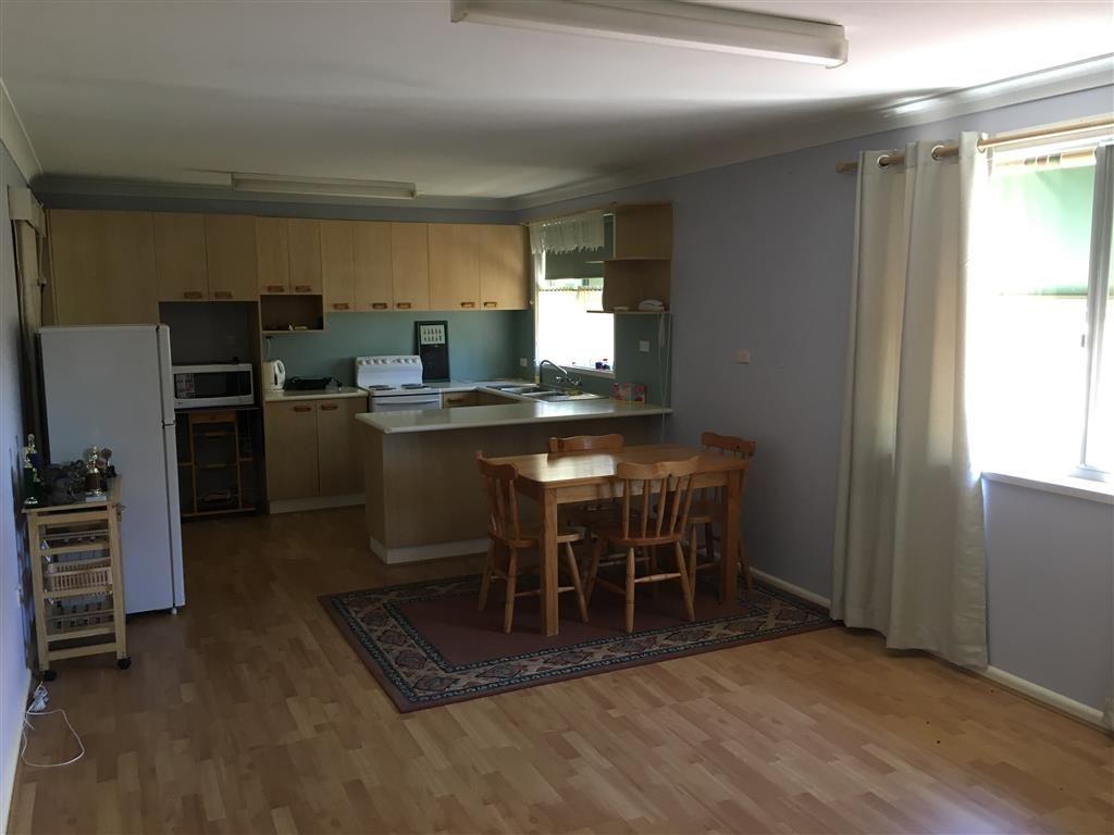 28 Corralyn Avenue, Batlow NSW 2730, Image 2