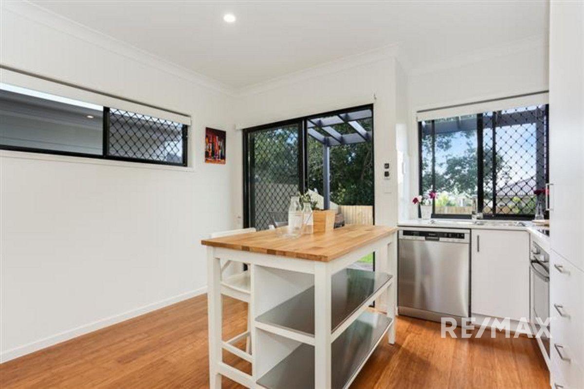 6/7-11 Kennington Road, Camp Hill QLD 4152, Image 2
