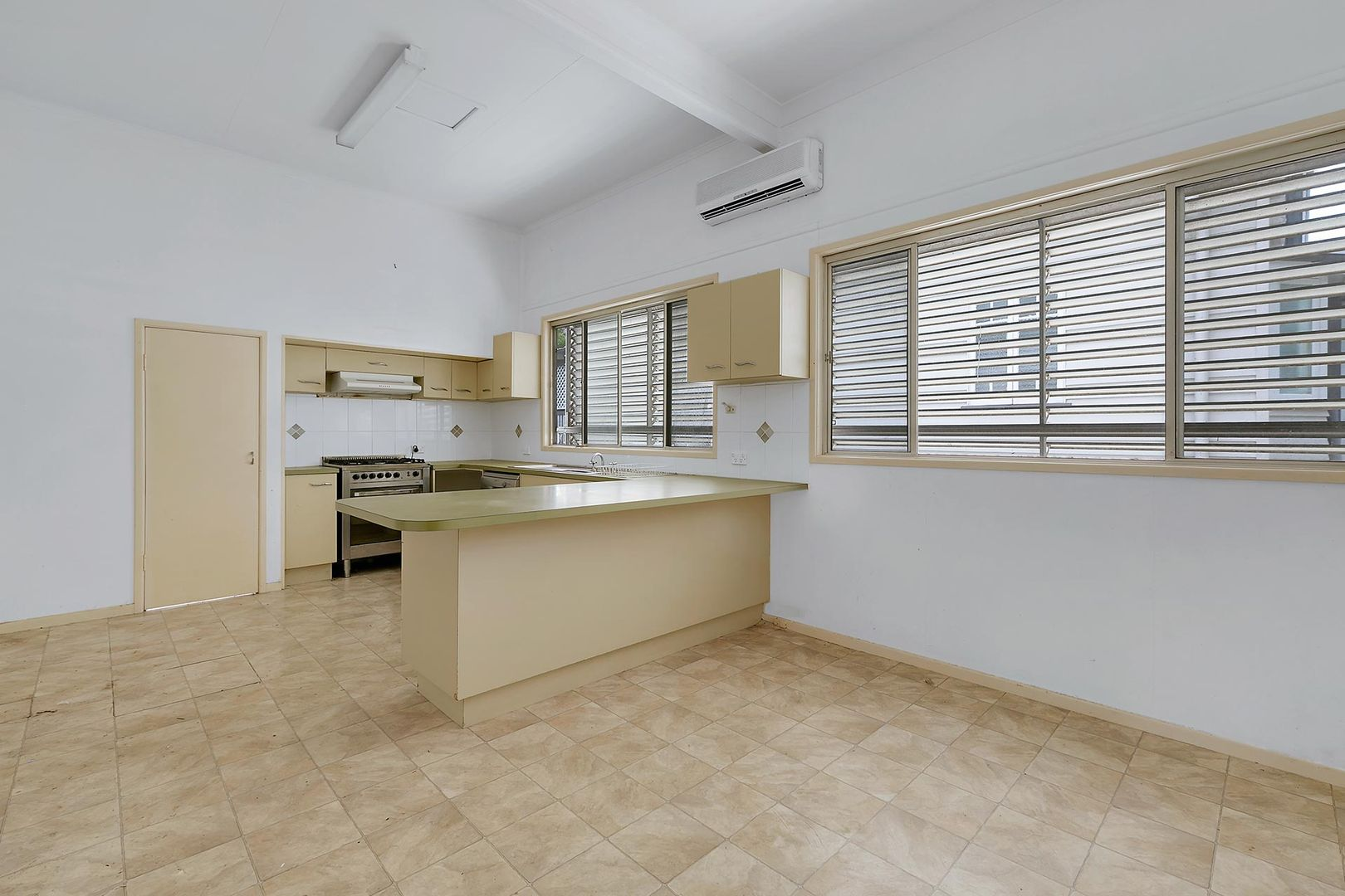 75 COOK STREET, Northgate QLD 4013, Image 1