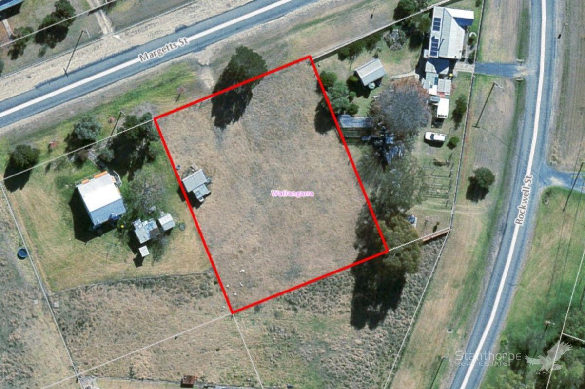 39 Margetts Street, Wallangarra QLD 4383, Image 1