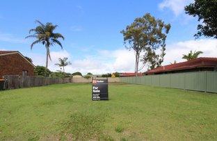 Picture of 10 Waratah Avenue, Yamba NSW 2464