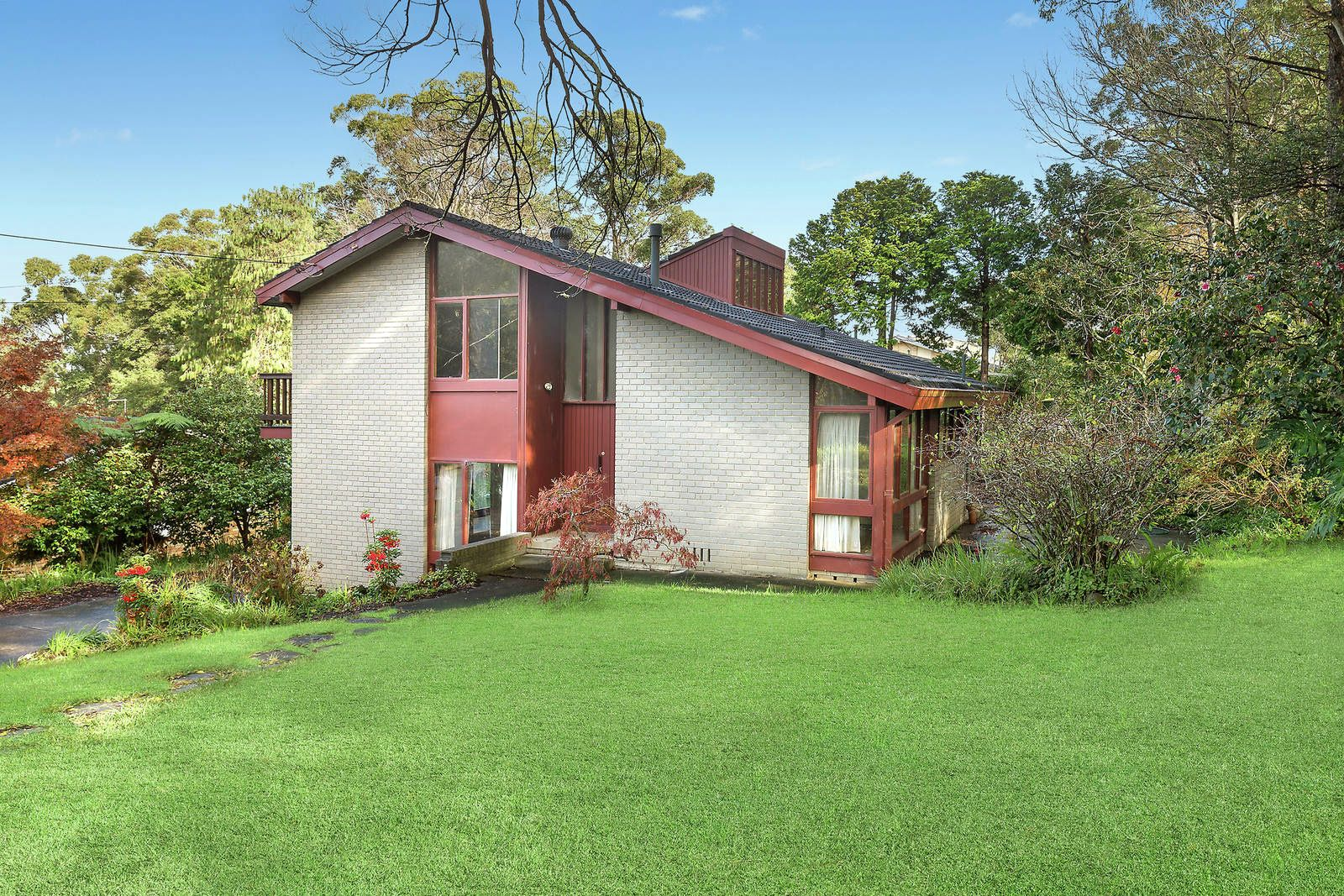 1 Sussex Road, St Ives NSW 2075, Image 0
