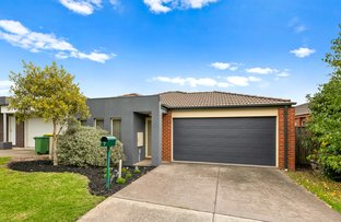 Picture of 7 Young Street, Pakenham VIC 3810
